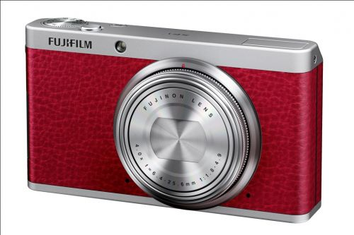 05_Fujifilm_XF1_Red_Front_Left_Off