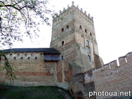 Lutsk. Lubart's Castle. The Entrance Tower (Lubart's Tower). 28 meter-high.