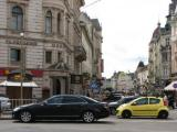 Lviv The gangster yellow car